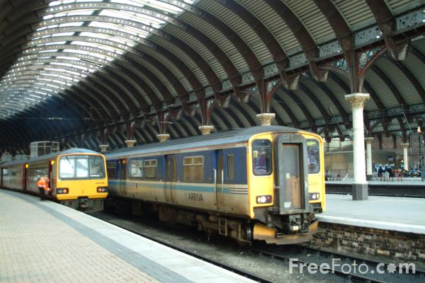 Picture of Arriva Trains Northern service at Newcastle Central Station - Free Pictures - FreeFoto.com