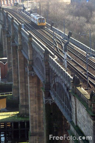 Picture of Arriva Trains Northern Class 142 Pacer unit crosses the High Level Bridge, Newcastle upon tyne - Free Pictures - FreeFoto.com