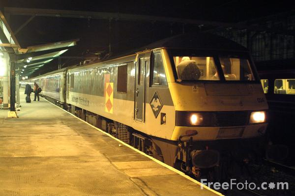 Picture of ScotRail Caledonian Sleeper, Carlisle - Free Pictures - FreeFoto.com