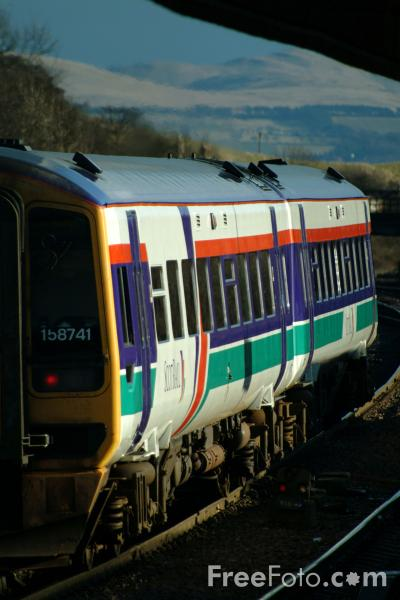Picture of ScotRail Class 170 train - Free Pictures - FreeFoto.com