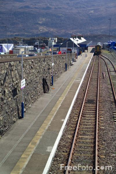 Picture of ScotRail train service - Free Pictures - FreeFoto.com