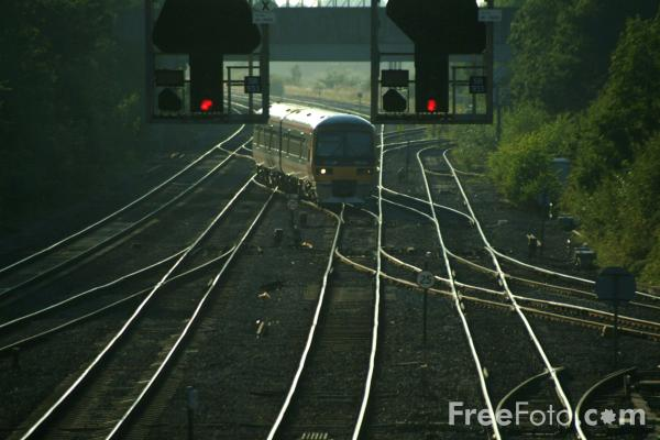 Picture of Red Signals, Didcot Junction - Free Pictures - FreeFoto.com