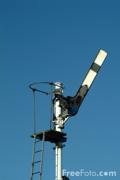 Picture of Semaphore signal - Free Pictures - FreeFoto.com