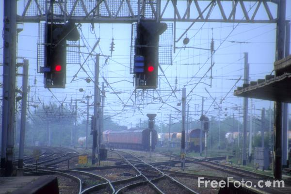 Picture of Red Signals, Carnforth, - Free Pictures - FreeFoto.com