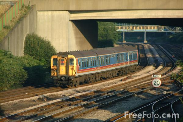 Picture of South West Trains slam door stock, Southampton - Free Pictures - FreeFoto.com