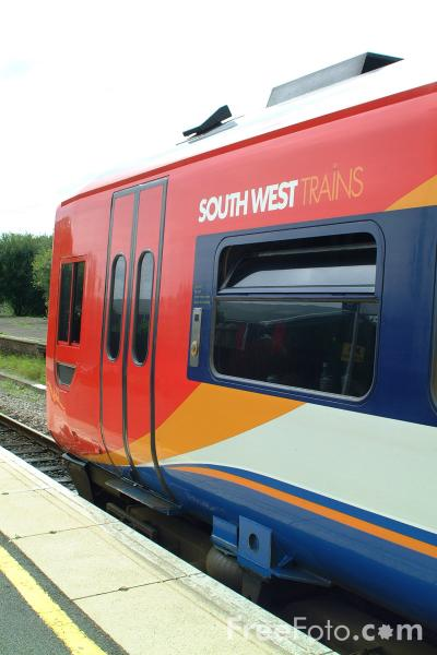 Picture of South West Trains Class 159, Axminster Railway Station - Free Pictures - FreeFoto.com