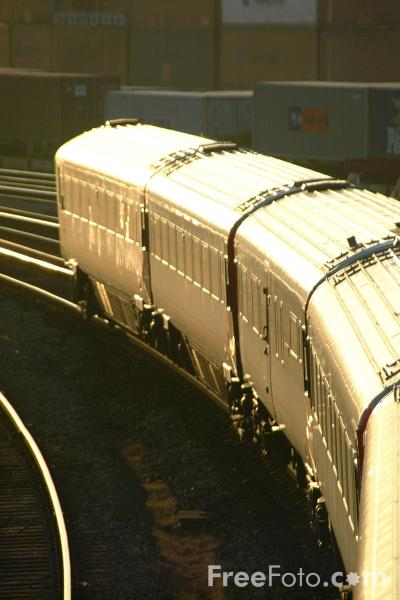 Picture of South West Trains Class 442 Wessex Electric at Southampton - Free Pictures - FreeFoto.com