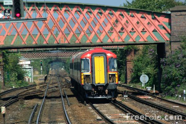 Picture of South West Trains Class 442 Wessex Electric near Southampton - Free Pictures - FreeFoto.com