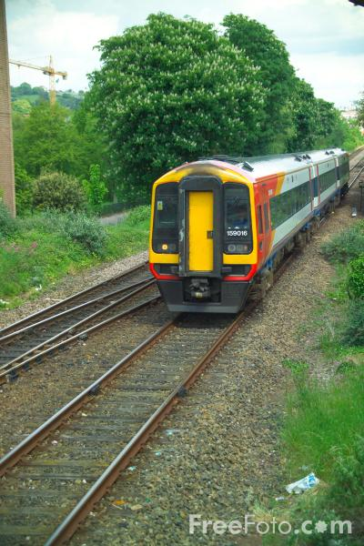 Picture of South West Trains - Free Pictures - FreeFoto.com