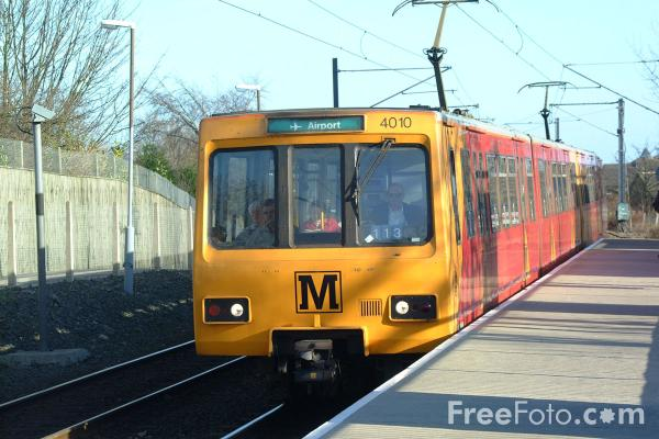 Picture of Kenton Bank Foot, Tyne and Wear Metro - Free Pictures - FreeFoto.com