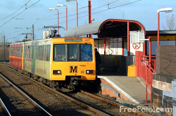 Picture of Bede Station, Tyne - Free Pictures - FreeFoto.com