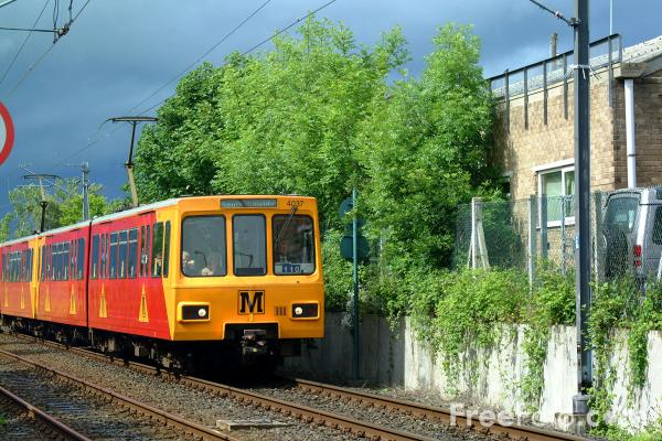 Picture of Tyne and Wear Metro - Free Pictures - FreeFoto.com