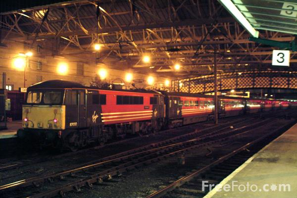Picture of Virgin Trains West Coast Main Line Glasgow - London service at Carlisle - Free Pictures - FreeFoto.com