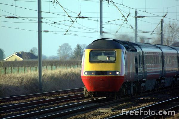 Picture of Virgin Cross Country Trains HST on the ECML near York - Free Pictures - FreeFoto.com