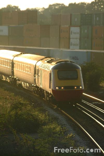 Picture of Virgin Trains High Speed Train at Southampton - Free Pictures - FreeFoto.com