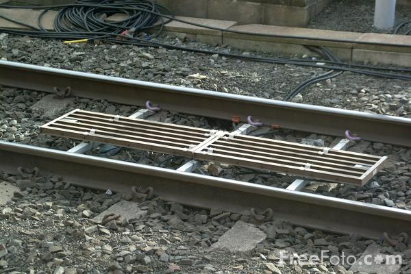 Picture of Train Protection and Warning System TPWS unit - Free Pictures - FreeFoto.com