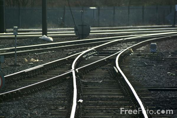 Picture of Railway Points - Free Pictures - FreeFoto.com