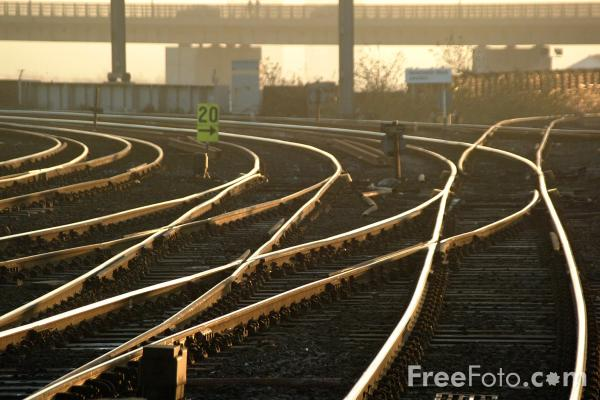Picture of Railway track and points - Free Pictures - FreeFoto.com