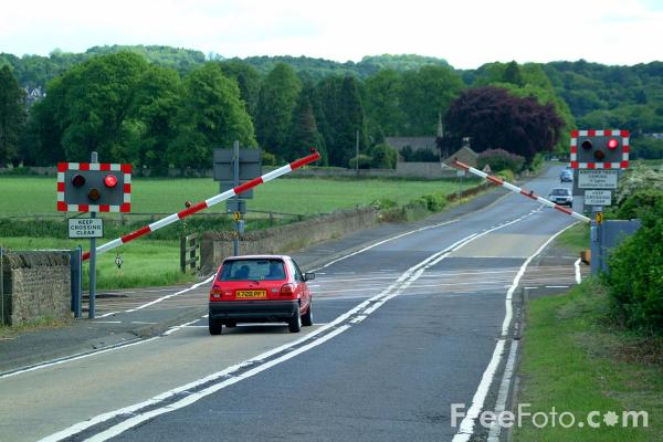 Picture of Automatic Half Barriers - Free Pictures - FreeFoto.com