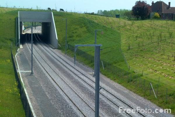 Picture of Channel Tunnel Rail Link under construction through Kent - Free Pictures - FreeFoto.com