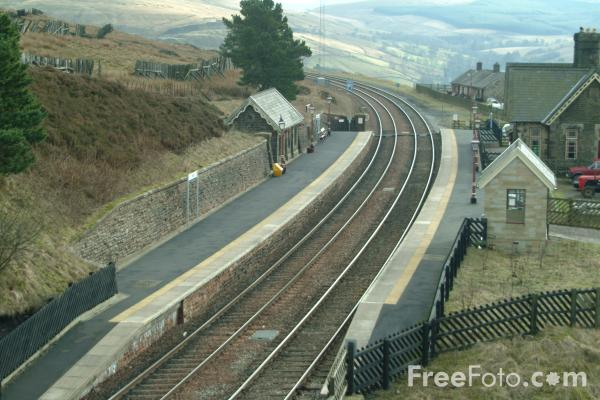 Picture of Dent Station, Settle to Carlisle Railway - Free Pictures - FreeFoto.com