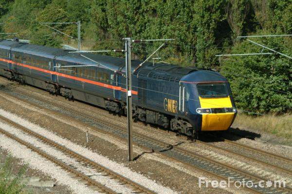 Picture of GNER HST 125, Low Fell, Gateshead - Free Pictures - FreeFoto.com