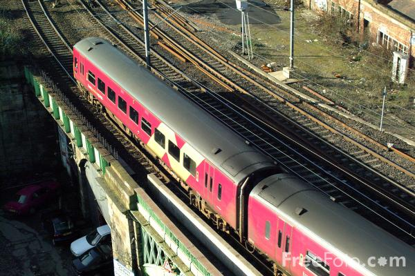 Arriva Trans Pennine pictures, free use image, 23-59-2 by FreeFoto.