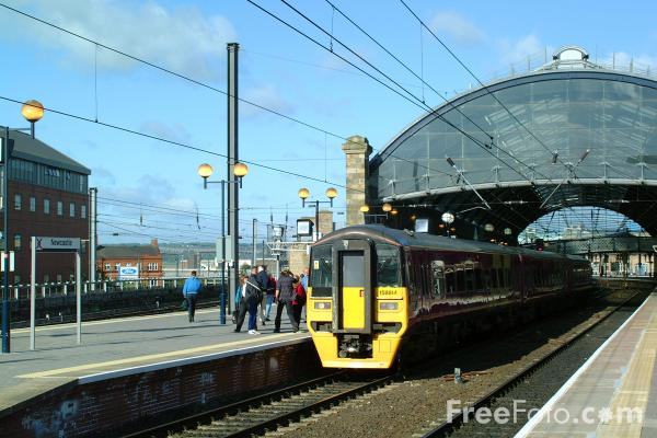 Arriva Trans Pennine pictures, free use image, 23-59-4 by FreeFoto.