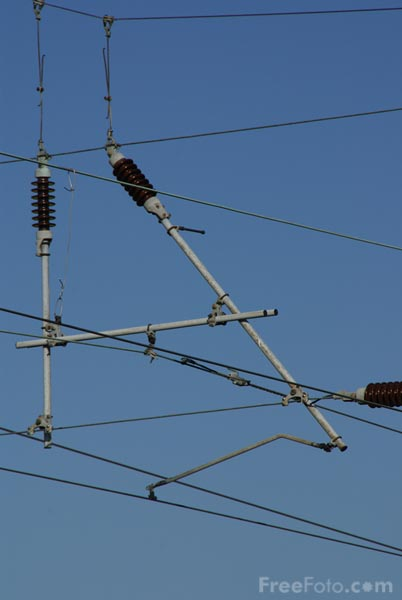 Picture of Overhead catenary - Free Pictures - FreeFoto.com