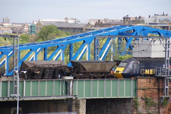 Picture of Freight train derailment  Newcastle upon Tyne - Free Pictures - FreeFoto.com