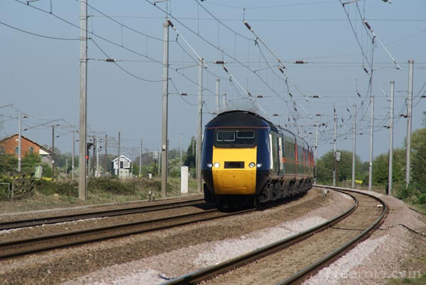 Picture of GNER - Great North Eastern Railway High Speed Train - Free Pictures - FreeFoto.com