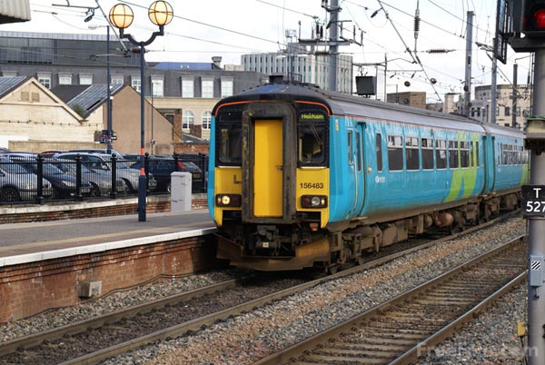 Picture of Northern Rail Class 156 - Free Pictures - FreeFoto.com