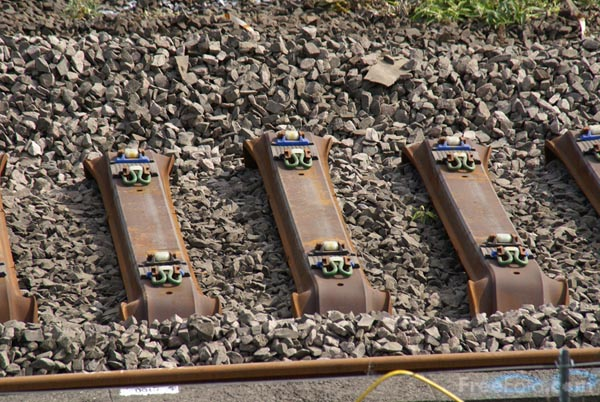 Picture of Laying new steel railway sleepers - Free Pictures - FreeFoto.com