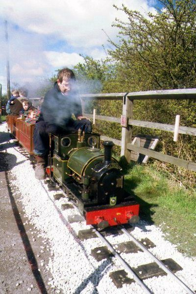 Picture of Miniature Steam Railway - Free Pictures - FreeFoto.com