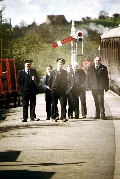Picture of Railway staff awaiting the guards whistle - Free Pictures - FreeFoto.com
