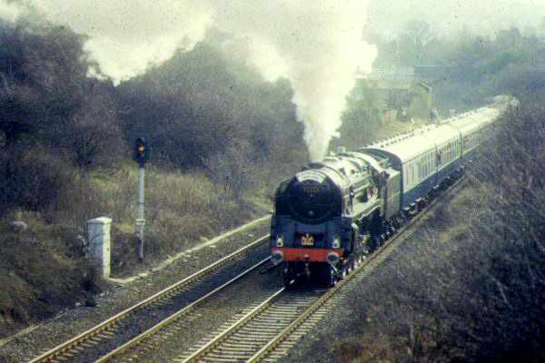 Picture of The Last Steam Locomotive built by British Railways 92220 2-10-0 9F Evening Star storms Dunston Bank, Gateshead - Free Pictures - FreeFoto.com