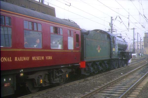 Picture of LNER 2-6-2 V2 4771 Green Arrow at Newcasstle - Free Pictures - FreeFoto.com