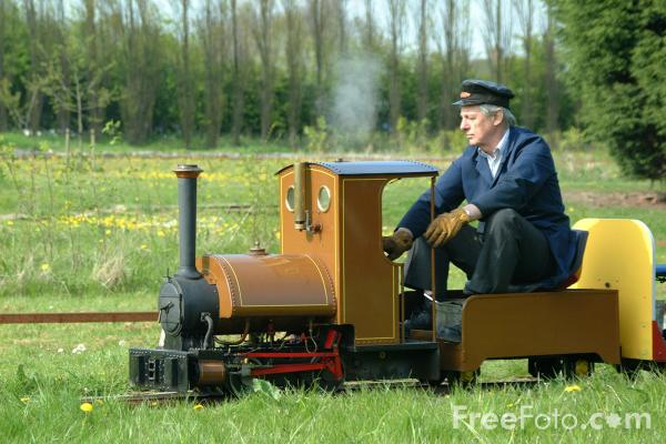Picture of Miniature Gauge Railway at Preston Park, Stockton on Tees - Free Pictures - FreeFoto.com