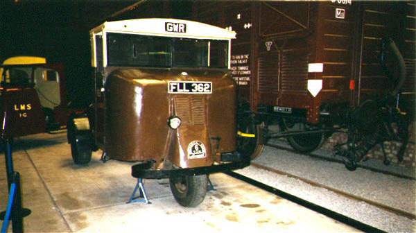 Picture of 1935 GWR Motor Car Van - Free Pictures - FreeFoto.com