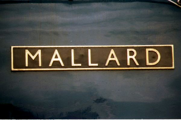 Picture of LNER A4 4-6-2 4468 Mallard Nameplate - Free Pictures - FreeFoto.com