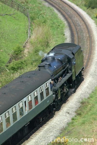 Picture of LMS 5MT 4-6-0 44767 George Stephenson near Goathland - Free Pictures - FreeFoto.com