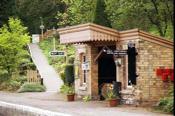 Picture of Arley Station - Home of BBC's Oh Doctor Beeching - Free Pictures - FreeFoto.com