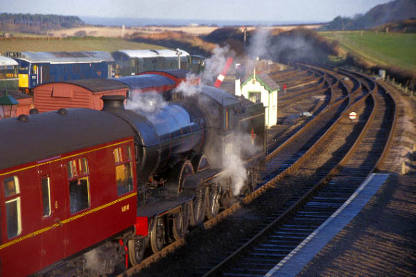 Picture of B12 61572 at Weybourne - Free Pictures - FreeFoto.com