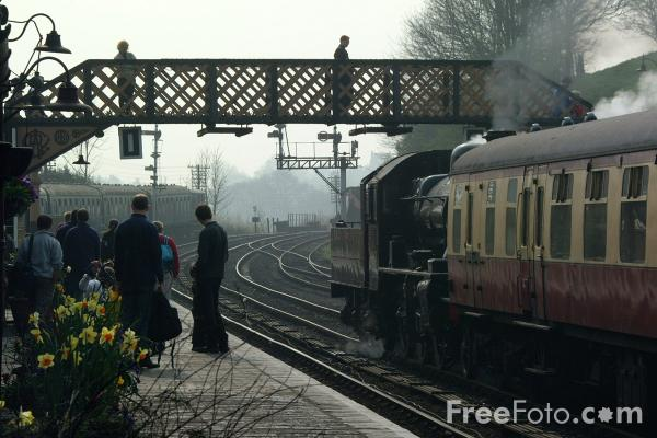 Picture of Bridgnorth Station - Free Pictures - FreeFoto.com