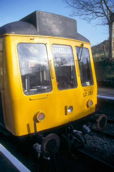 Picture of Class 108 DMU, Carrog Station - Free Pictures - FreeFoto.com