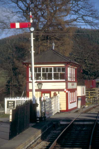 Picture of The Llangollen Railway - Free Pictures - FreeFoto.com