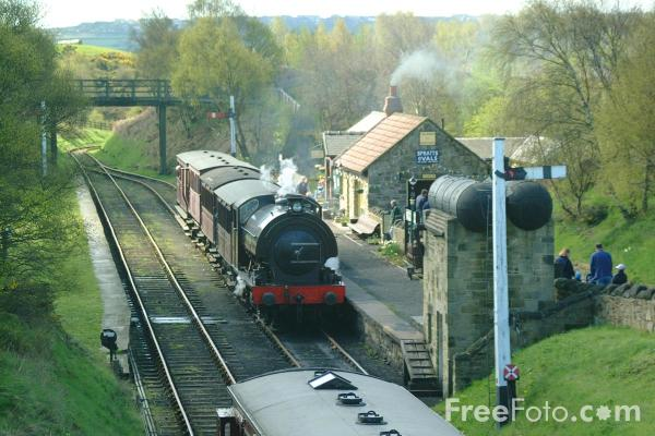 Picture of 1943 built RSH No38 0-6-0ST at St Andrews House station, Tanfield Railway - Free Pictures - FreeFoto.com