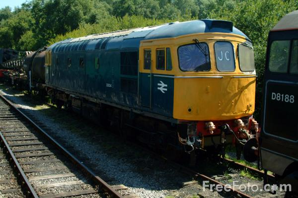 Picture of Class 33 diesel D6552 - Free Pictures - FreeFoto.com