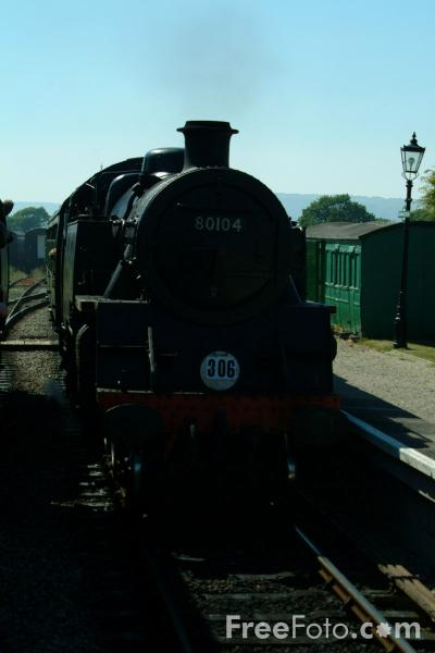 Picture of Harmans Cross Railway Station - Free Pictures - FreeFoto.com