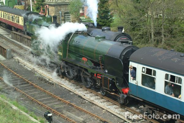 Picture of 30926 Southern Railway Schools Class 4-4-0 Repton at Goathland - Free Pictures - FreeFoto.com